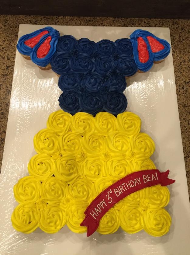Snow White Cupcake Cake Sim Fully Sweet