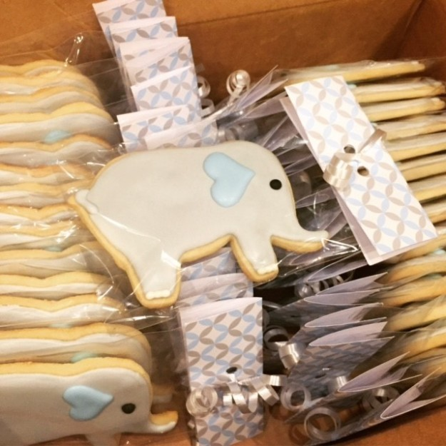 elephant-cookies-packaged
